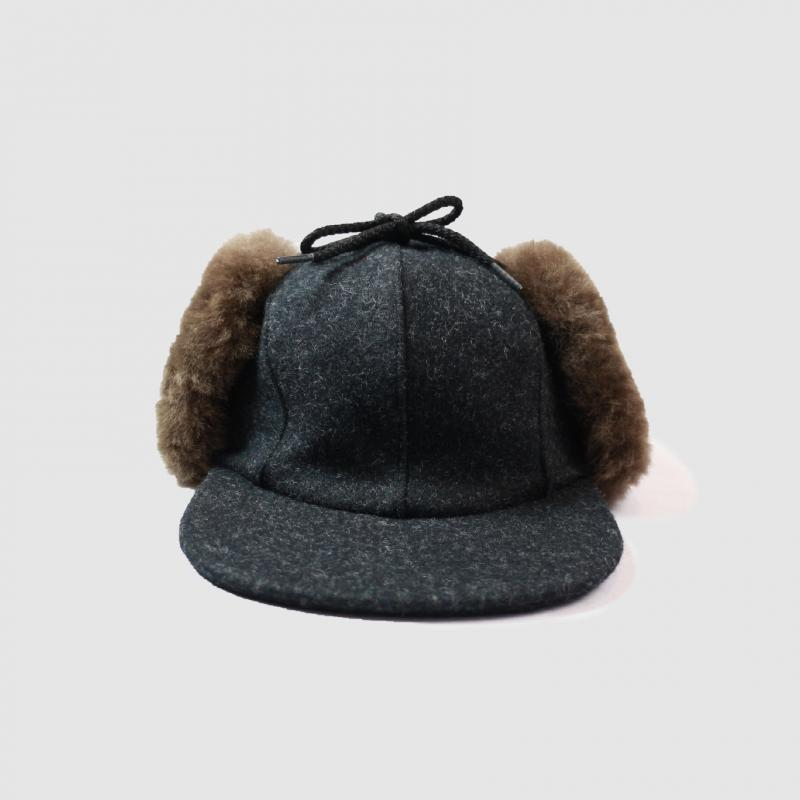 DOUBLE MACKINAW CAP CHACOAL GRAY